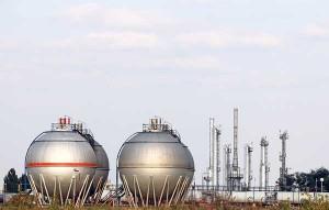 Transmisor de presión en tanque petroquímico